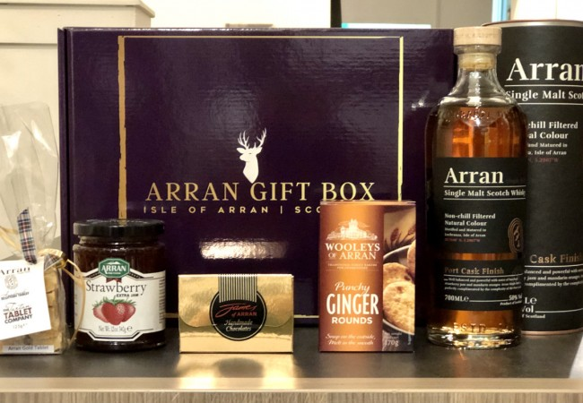Deluxe Whisky Treat Arran Gift Box