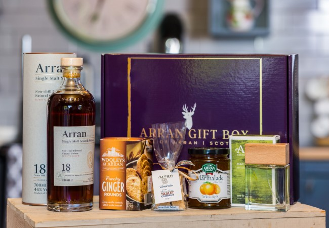 Deluxe Machrie (18 Year Old Malt) Arran Gift Box