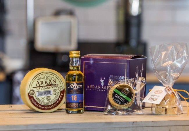 Wee Whisky Lover (18 Year old Malt) Arran Gift Box